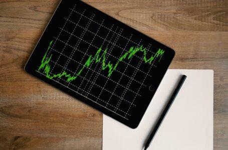 Handel med ejendomme eller aktier?