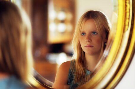 Hvorfor det er vigtigt med et godt spejl i hjemmet