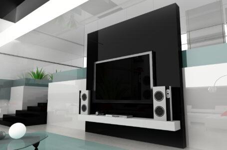 Hjemmebiograf level 1000 med en indendørs projektor